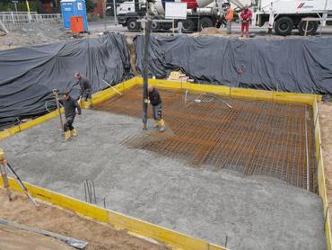2. Woche: Betonieren Bodenplatte