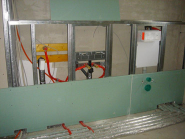 12. Woche: Rohinstallation Heizung / Sanitär / Elektro
